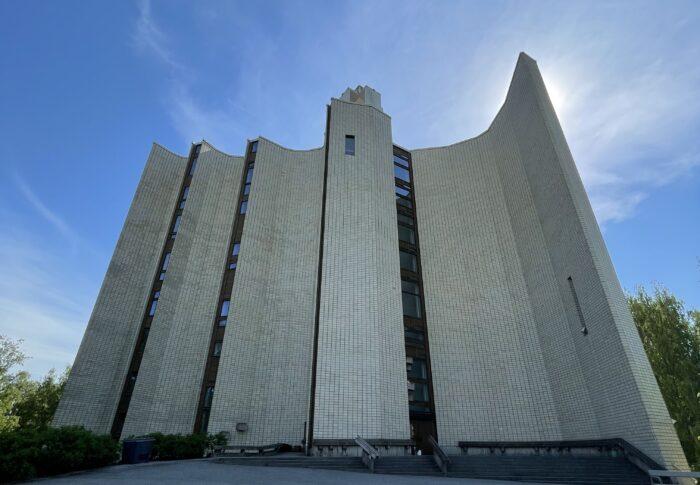 タンペレのおすすめ観光スポット カレヴァ教会 行ってみたよ